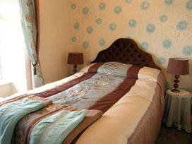 Ymwlch Bach Farmhouse - North Wales - 2838 - thumbnail photo 6