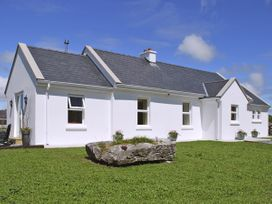 Dolmen Cottage - County Clare - 3904 - thumbnail photo 8