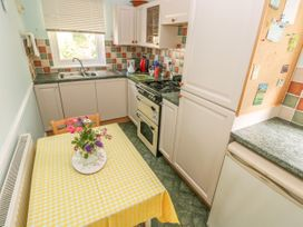 Clover Cottage - South Wales - 4202 - thumbnail photo 7