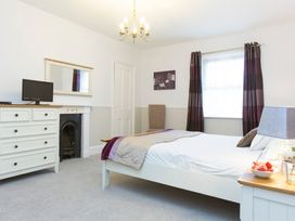 6 Abbey Terrace - Whitby & North Yorkshire - 4281 - thumbnail photo 16
