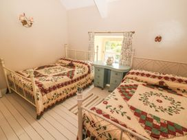 The Coach House - County Clare - 4609 - thumbnail photo 24