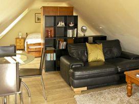 The Studio, Horseshoe Cottage - Central England - 5631 - thumbnail photo 2