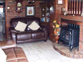Severn Bank Lodge - Cotswolds - 8765 - thumbnail photo 3