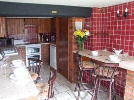 Severn Bank Lodge - Cotswolds - 8765 - thumbnail photo 5