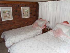 Severn Bank Lodge - Cotswolds - 8765 - thumbnail photo 9