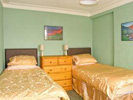 Halford Hill - North Wales - 884 - thumbnail photo 10