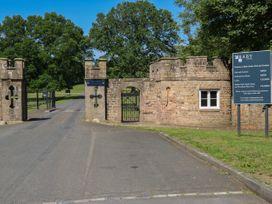 Millstone - Yorkshire Dales - 897 - thumbnail photo 33