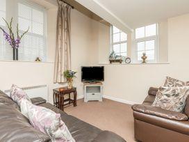 Bede Apartment - Northumberland - 904062 - thumbnail photo 8