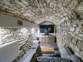 Cosy Cave Stanhope Castle - Yorkshire Dales - 913412 - thumbnail photo 21