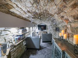 Cosy Cave Stanhope Castle - Yorkshire Dales - 913412 - thumbnail photo 24