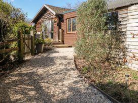Woodmancote Lodge - Kent & Sussex - 916403 - thumbnail photo 2