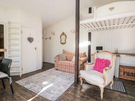 Woodmancote Lodge - Kent & Sussex - 916403 - thumbnail photo 5
