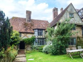 Tudor Wing - Kent & Sussex - 916860 - thumbnail photo 1