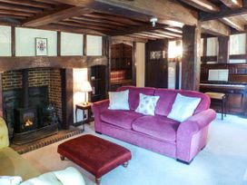 Tudor Wing - Kent & Sussex - 916860 - thumbnail photo 3