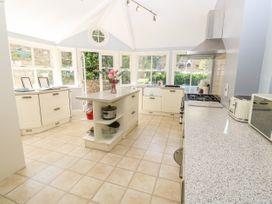 Burford House - Isle of Wight & Hampshire - 917394 - thumbnail photo 17