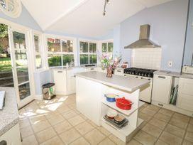 Burford House - Isle of Wight & Hampshire - 917394 - thumbnail photo 18