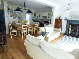 Rose Cottage - South Wales - 919028 - thumbnail photo 3