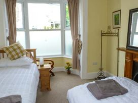 Seaview House - Isle of Wight & Hampshire - 920525 - thumbnail photo 13