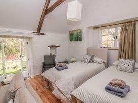 Hawthorn Cottage - South Wales - 930004 - thumbnail photo 15