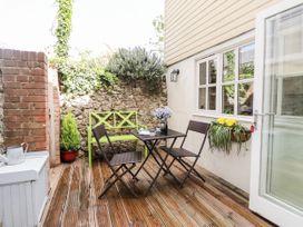 Studio Cottage - Kent & Sussex - 932476 - thumbnail photo 19