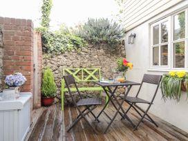 Studio Cottage - Kent & Sussex - 932476 - thumbnail photo 20