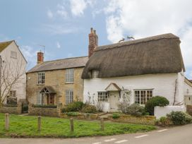 Rose Cottage - Cotswolds - 933563 - thumbnail photo 1
