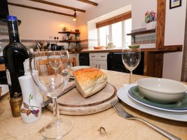1 Mill Farm Cottages - South Wales - 935003 - thumbnail photo 9