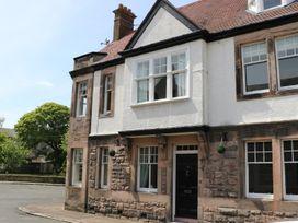 Iona 10 Palace Street East - Northumberland - 935216 - thumbnail photo 1