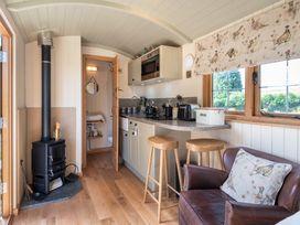 Padarn's Hut - Mid Wales - 936278 - thumbnail photo 7