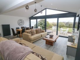 Lake View Cottage - Anglesey - 936370 - thumbnail photo 4