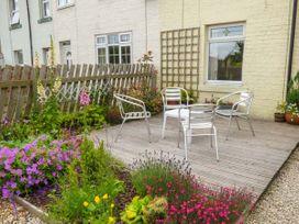 Pebble Cottage - Whitby & North Yorkshire - 937391 - thumbnail photo 2