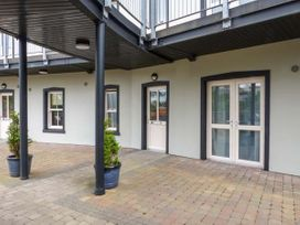 Central Ardara Riverside Apartment - County Donegal - 939487 - thumbnail photo 2