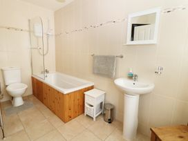 Abersant Cottage - Anglesey - 940874 - thumbnail photo 7