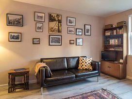 The Kate Kennedy Apartment - Scottish Lowlands - 940959 - thumbnail photo 2