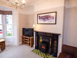 10 Elgin Street - Whitby & North Yorkshire - 941965 - thumbnail photo 2