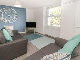 Apartment 56 - North Wales - 951023 - thumbnail photo 3