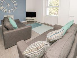 Apartment 56 - North Wales - 951023 - thumbnail photo 6