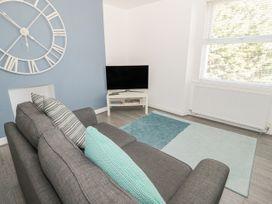 Apartment 56 - North Wales - 951023 - thumbnail photo 7