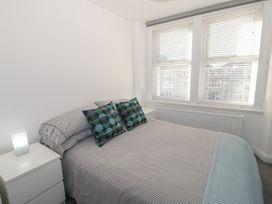 Apartment 56 - North Wales - 951023 - thumbnail photo 15