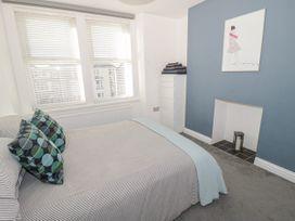Apartment 56 - North Wales - 951023 - thumbnail photo 17