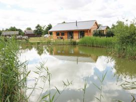 Lily-pad Lodge - Lincolnshire - 954121 - thumbnail photo 26
