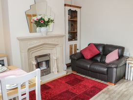 2 Ebenezer Terrace - North Wales - 956031 - thumbnail photo 2