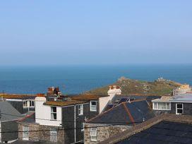 Breakers Point - Cornwall - 960058 - thumbnail photo 2