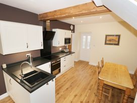 The Coach House - North Wales - 960680 - thumbnail photo 12