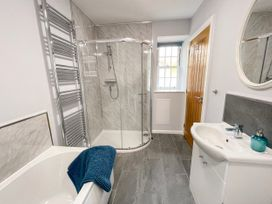 The Coach House - North Wales - 960680 - thumbnail photo 23