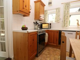 Westgate Cottage - Kent & Sussex - 960985 - thumbnail photo 9