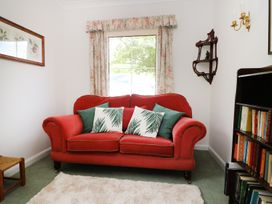 Westgate Cottage - Kent & Sussex - 960985 - thumbnail photo 8