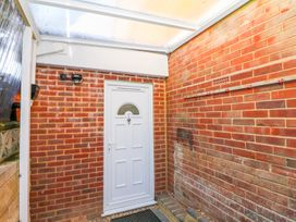 5 Firle Road Annexe - Kent & Sussex - 962509 - thumbnail photo 2