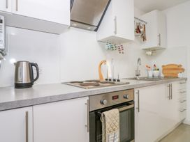 5 Firle Road Annexe - Kent & Sussex - 962509 - thumbnail photo 7