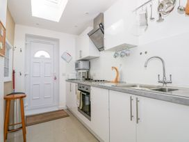 5 Firle Road Annexe - Kent & Sussex - 962509 - thumbnail photo 8